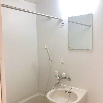 浴室乾燥機付いてます!!