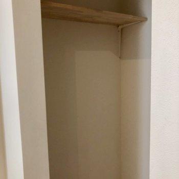 棚には、掃除機などの家電を置いたら便利そう。※写真は前回募集時のものです