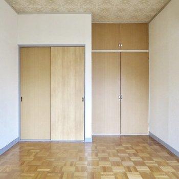 床や天井のデザインがかわいい〜※写真は通電前のものです