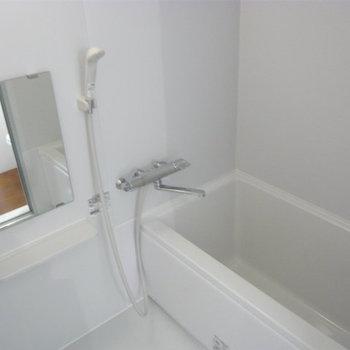 お風呂はきれいでしたよ。※写真は前回募集時のものです