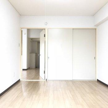 もう一つの洋室