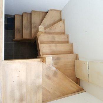 階段は幅が広めで登りやすい!※写真は前回募集時のものです