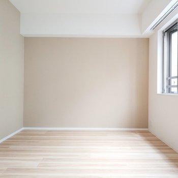 奥行きもあります。壁面の色合いもナチュラルで使いやすそう!