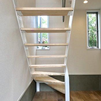 入ってすぐ階段が!これぞメゾネット!