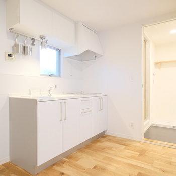 キッチン周りも十分にスペースあります。※写真は前回募集時のものです