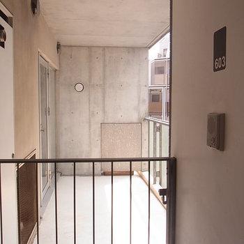 このスペース全てが今回の部屋! ※6階同間取りのお部屋の写真です