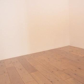 部屋の奥です ※6階同間取りのお部屋の写真です