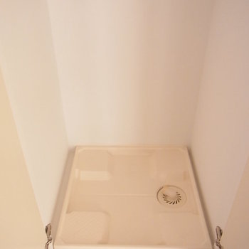洗濯機置き場。扉で隠れます。 ※6階同間取りのお部屋の写真です