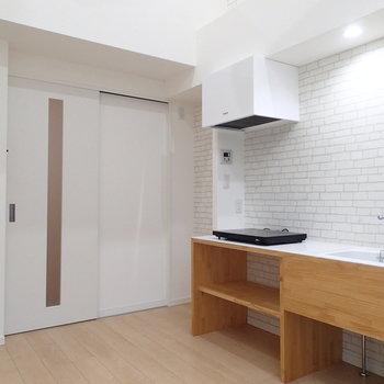 【別部屋】居室は5.6帖ですこしコンパクト。