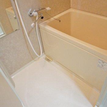お風呂はシンプルに。シングルレバーです!。※写真は、前回撮影時のもの