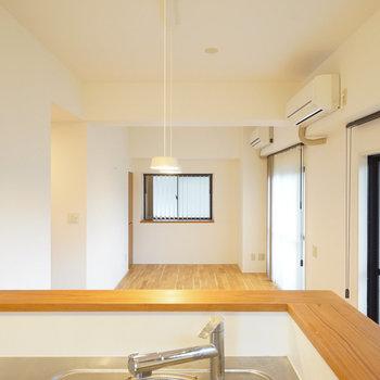 キッチンからの眺めはこちら◎