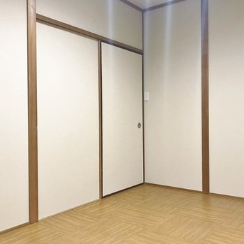 和も残しつつ洋室へと変身したお部屋が!