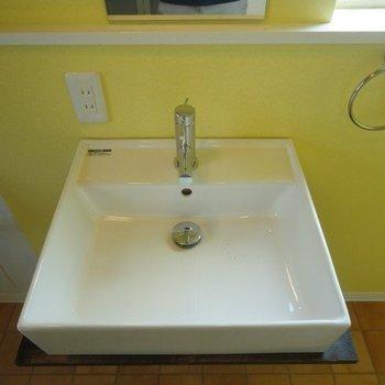 洗面台も可愛らしい♪