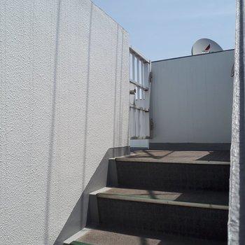 5階には共用の屋上がありました