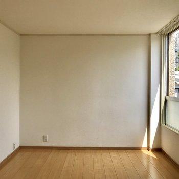洋室も十分な広さです。