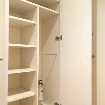 靴箱もこれと、反対側にもう一個あるので十分かな。 ※5階同間取りの別部屋の写真です