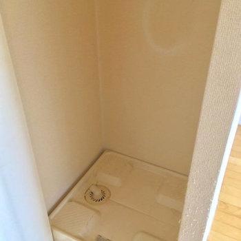 扉で隠せる洗濯機置場!※写真は前回募集時のものです