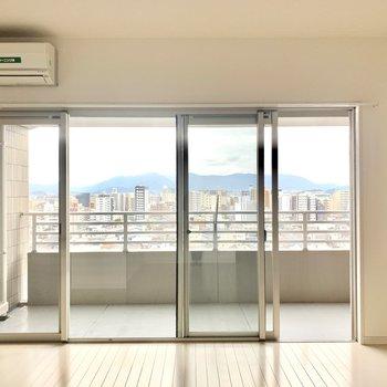 お部屋からの眺めもいい感じ、、!