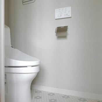 トイレもピカピカ。ウォシュレット付!