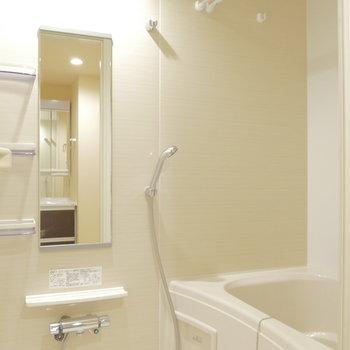 浴室乾燥機能付き!