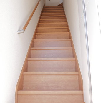 玄関は1階にあります。