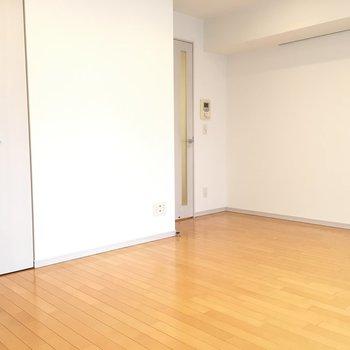 お部屋の形もシンプルでつかいやすそう ※4階の同間取り別部屋の写真です