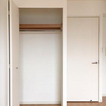 収納はここのみ。※写真は9階の同間取り別部屋のものです