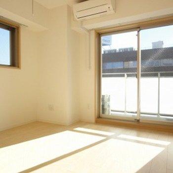 シンプルなお部屋です※7階の同間取り別部屋の写真です