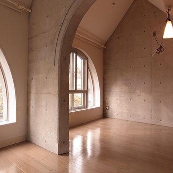 コンクリート、これなら好き※3階の同間取り別部屋の写真です