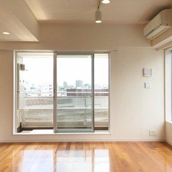 開放感を存分に感じられます! ※8階反転間取りの別部屋の写真です