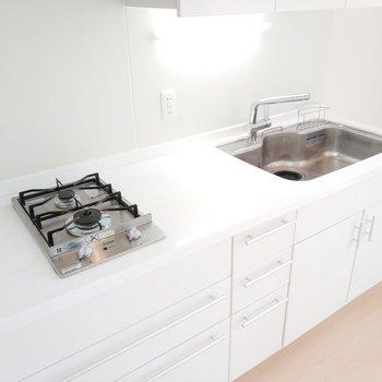 広がりのあるキッチンなので、お料理しやすいタイプです。