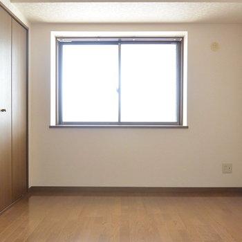 【工事前】7帖の寝室です。