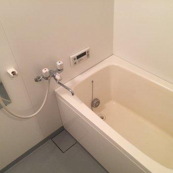 お風呂は追い焚き機能付きです◎※写真は前回募集時のものです