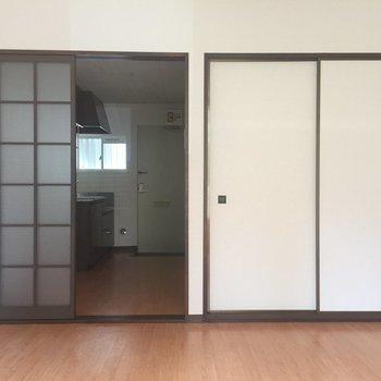 ドアを開けるとキッチンと玄関!