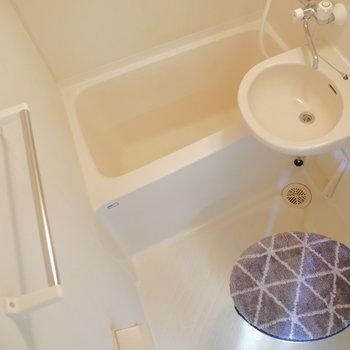浴室乾燥ついてます。