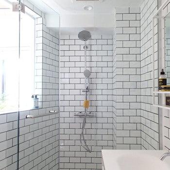 浴槽はなくシャワールームです! ※4階の似た間取り別部屋の写真です