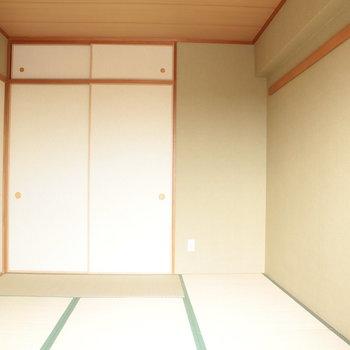 竹の塚の床の畳の。