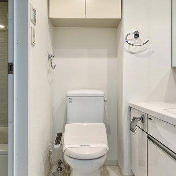 トイレはその横に。ウォシュレット付きです。※写真は前回募集時のものです