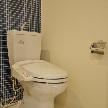 お隣さんがおトイレのアメセパ。※写真は、同じタイプの713号室。