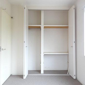 寝室にはクローゼット。※写真は2階の反転間取り別部屋です。