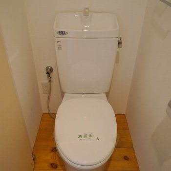 トイレはしっかり独立◎