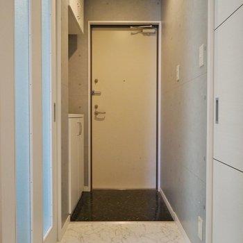 スッキリした玄関。