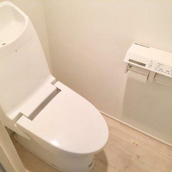 トイレが個室なのがうれしい♪