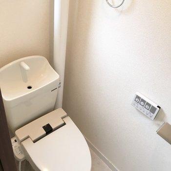 シンプルなトイレ♪
