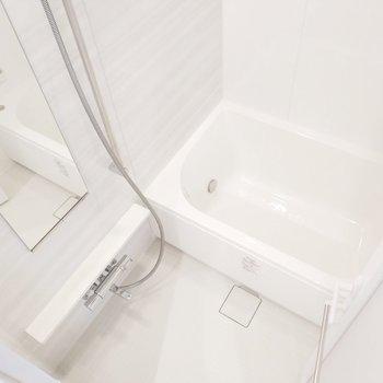 浴室乾燥機付の浴槽広めなお風呂!