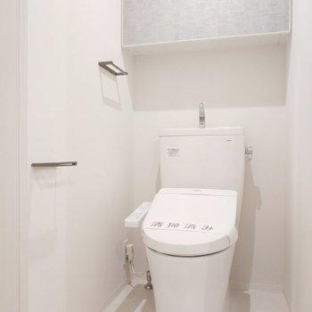 収納周りがおしゃれなトイレ