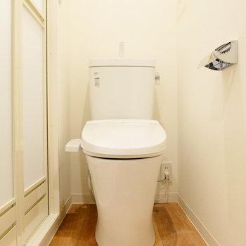 トイレは脱衣所に。※写真は前回募集時のものです