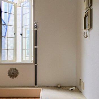 洗濯機置場も同じスペースに※クリーニング・電気が付く前