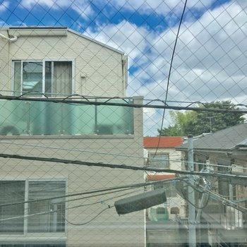 眺望は住宅街。眺めはそこそこ◎※クリーニング・電気が付く前