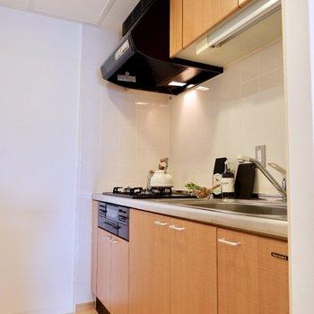 キッチン収納ももちろんバッチリ!※写真は反転間取りのモデルルームです。